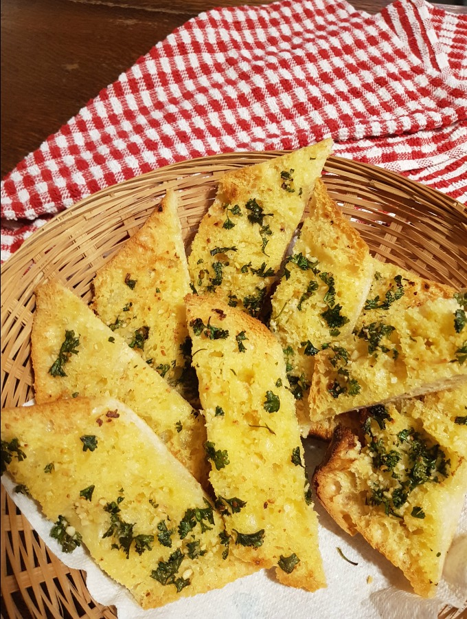 Our delicious garlic bread recipe has 4 simple ingredients with 3 easy steps that lead to one satisfied tummy! You'll enjoy it as a side or just to nibble on its own.