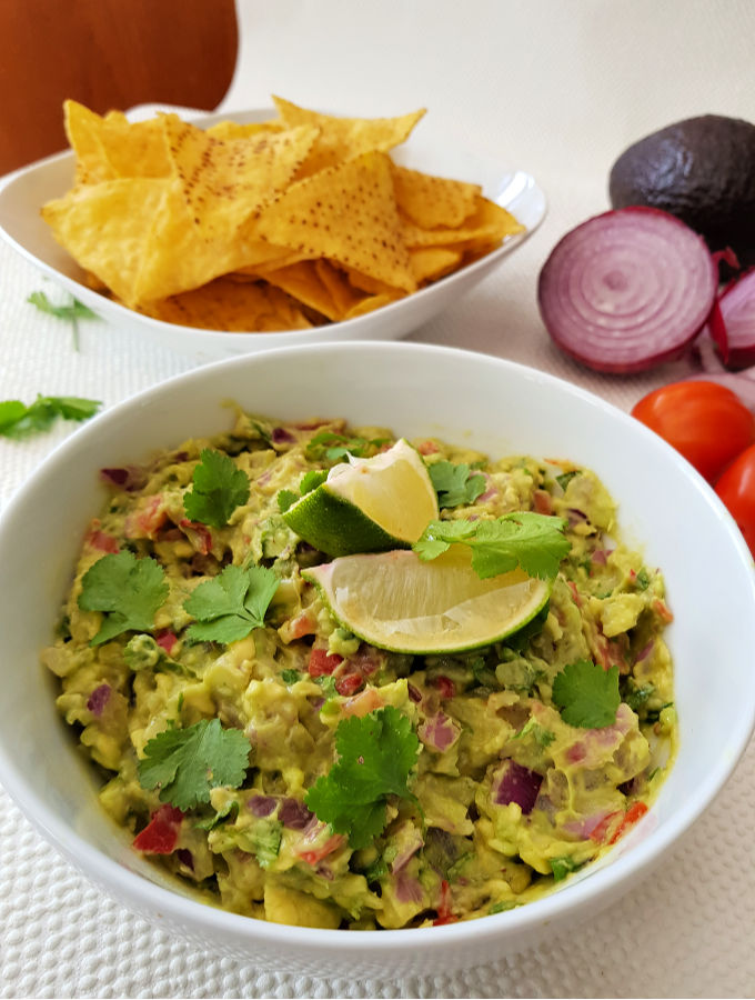 Chunky Authentic Guacamole Recipe